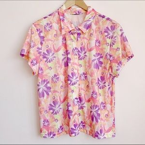 bright 70s style flower power shortsleeve buttonup